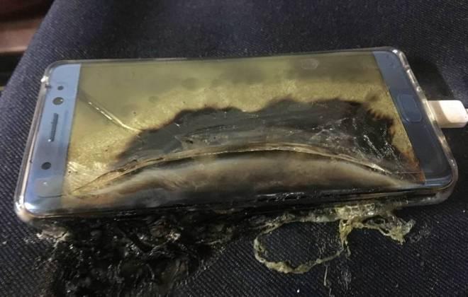 Ir para  <p><big>Depois de v&aacute;rias unidades supostamente seguras do Galaxy Note 7 come&ccedil;arem a queimar na &uacute;ltima semana, a Samsung se viu obrigada a paralisar a produ&ccedil;&atilde;o do aparelho....