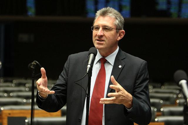 Ir para  <p><big>Contrário à Reforma da Previdência, o deputado Heitor Schuch (PSB/RS) conseguiu o número de assinaturas suficientes para apresentar emenda alterando a Proposta de Emenda...