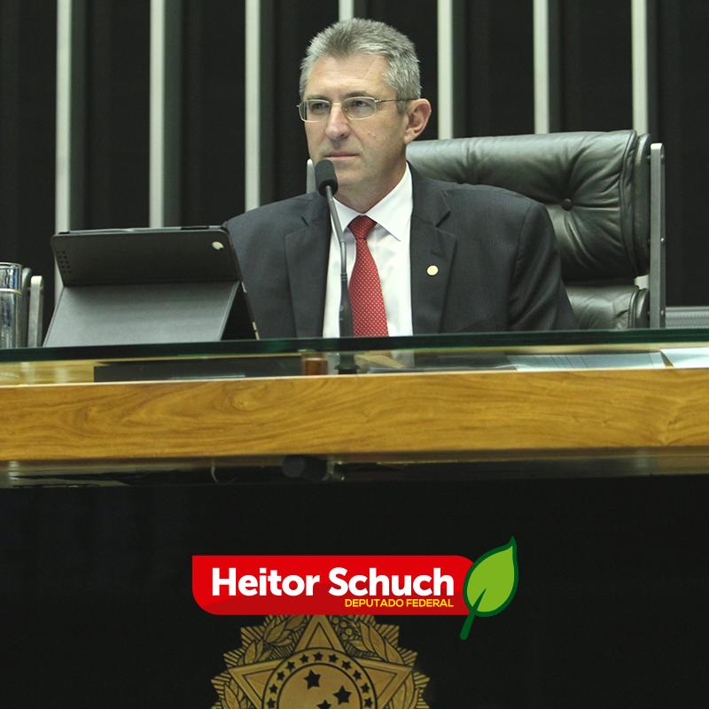 Ir para  <p><big>Representando a Câmara Federal, o deputado Heitor Schuch (PSB/RS) participou da audiência pública sobre a Reforma da Previdência, realizada nesta sexta-feira (10), na Expodireto...