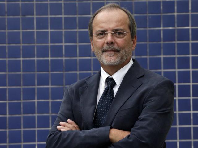 Ir para  <p><big>O epidemiologista Cesar Victora, 65, se torna hoje (28/03) o<strong>primeiro pesquisador brasileiro entre os vencedores do Prêmio Gairdner</strong>, a mais importante...