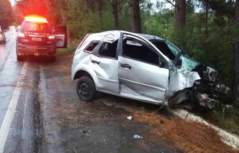 Ir para Mãe e filha morrem em acidente na BR 153, em Cachoeira do Sul.