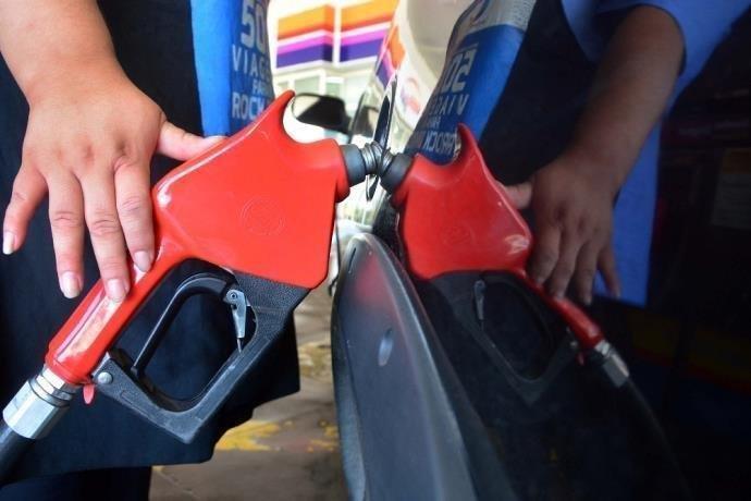 Petrobras eleva preço do diesel em 4,3% e da gasolina em 2,2% nas refinarias