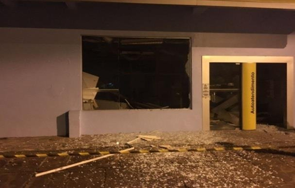 Criminosos explodem agência bancária no Vale do Rio Pardo.