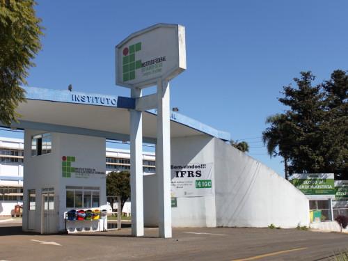 Ir para  <p><big>O Instituto Federal do Rio Grande do Sul abrirá neste sábado, 22 de julho de 2017, inscrições para o Processo Seletivo Complementar de estudantes 2017/2. São ofertadas 116...