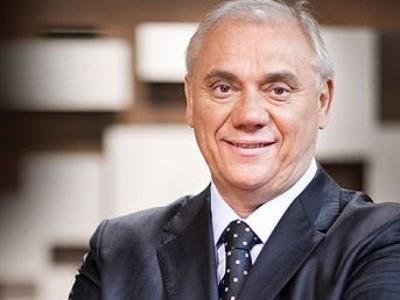 Ir para  <p><big>O jornalista Marcelo Rezende morreu neste sábado (16), aos 65 anos, na zona sul de São Paulo. Um dos maiores nomes do jornalismo brasileiro, o apresentador da Record TV lutava contra um câncer...