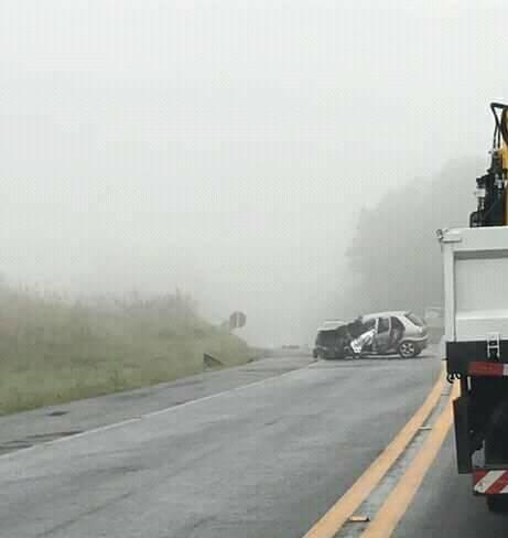 Ir para  <p><big>Um acidente no come&ccedil;o da manh&atilde; deste domingo na BR-470, em Curitibanos, no Meio-Oeste de Santa Catarina, matou o agente penitenci&aacute;rio Ezequiel Ortiz, 26 anos. Ele dirigia um Palio, com placas...