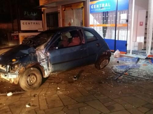 Ir para  <p><big>No final de semana a Brigada Militar registrou dois acidentes de tr&acirc;nsito envolvendo motoristas embriagados.</big></p>  <p><big>O primeiro foi no in&iacute;cio da madrugada de...