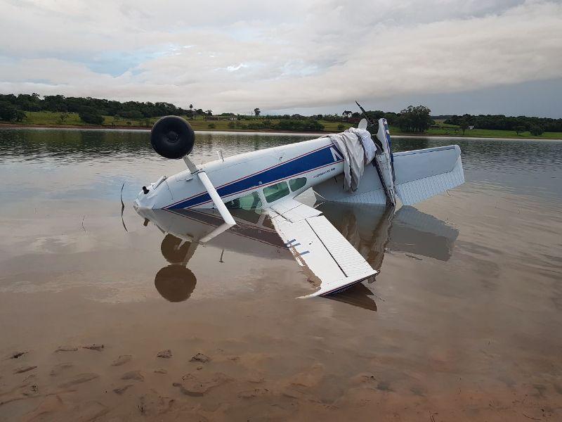 Ir para Avião que fazia manobras perigosas cai na represa de Jurumirim