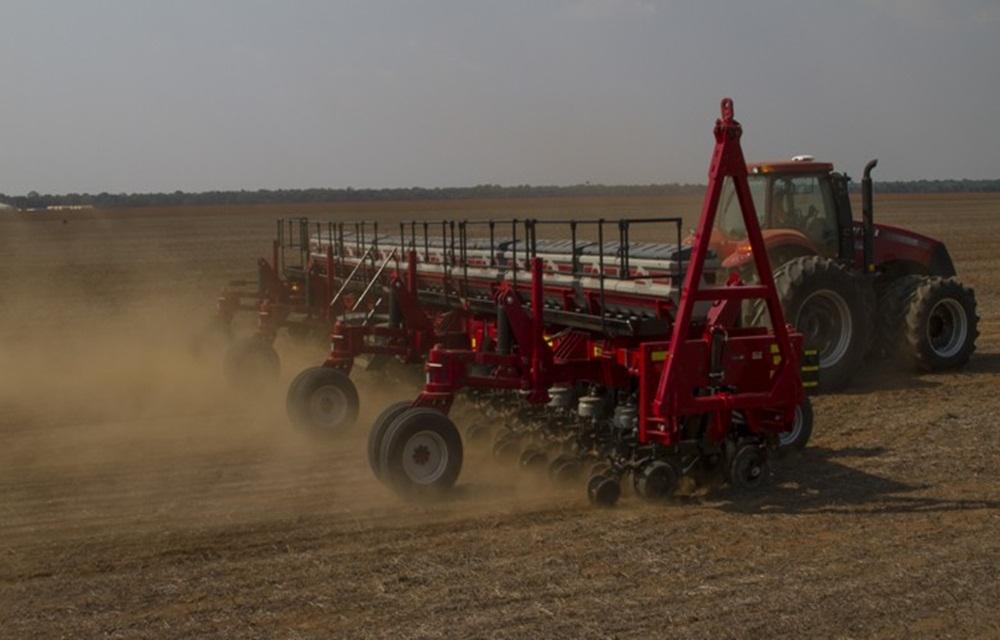 Plantio de soja no RS avança e atinge 40% da área para 2017/2018.