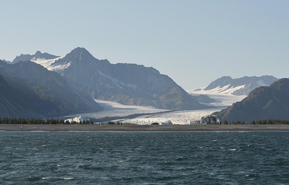 Terremoto de 8,2 graus atinge Alasca e gera alerta de tsunami.