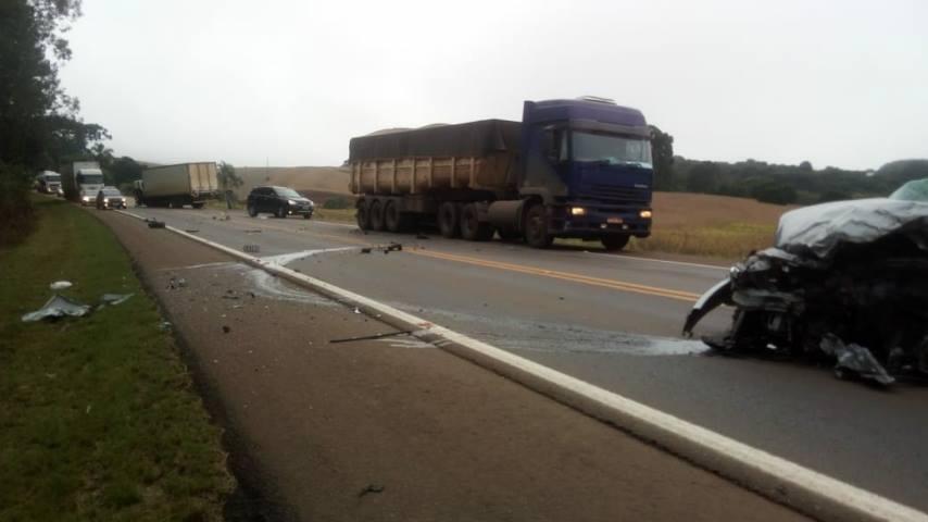Ir para  <p><big>Um homem morreu no início da manhã desta quinta-feira, 29, num acidente de trânsito na ERS 135 entre Getúlio Vargas e Sertão. Segundo informações...