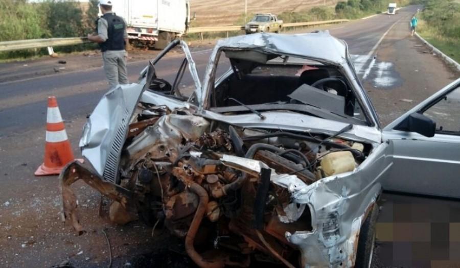 Ir para  <p><big>Um acidente de trânsito por volta das 16h desta segunda-feira (23) entre dois veículos foi registrado na BR 470 próximo a Linha Eucaliptos – entre Barracão e...