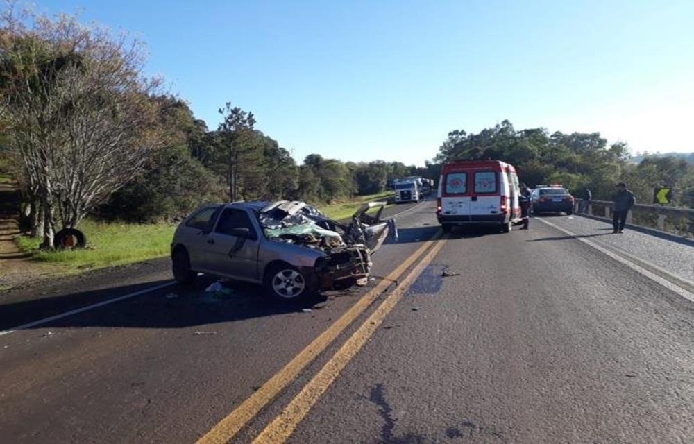 Ir para  <p>Um acidente envolvendo três veículos matou uma pessoa na manhã desta terça-feira. A colisão aconteceu na BR 386, no km 238, em Soledade, na região Noroeste do...