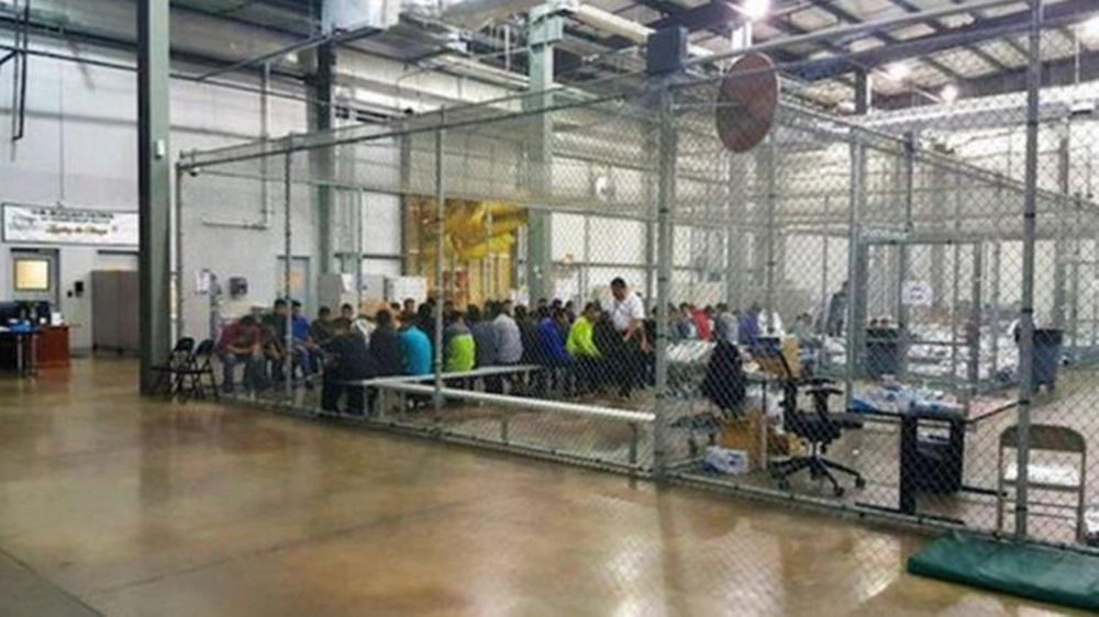 Como são as 'jaulas' em que os EUA estão detendo filhos de imigrantes sem documentos