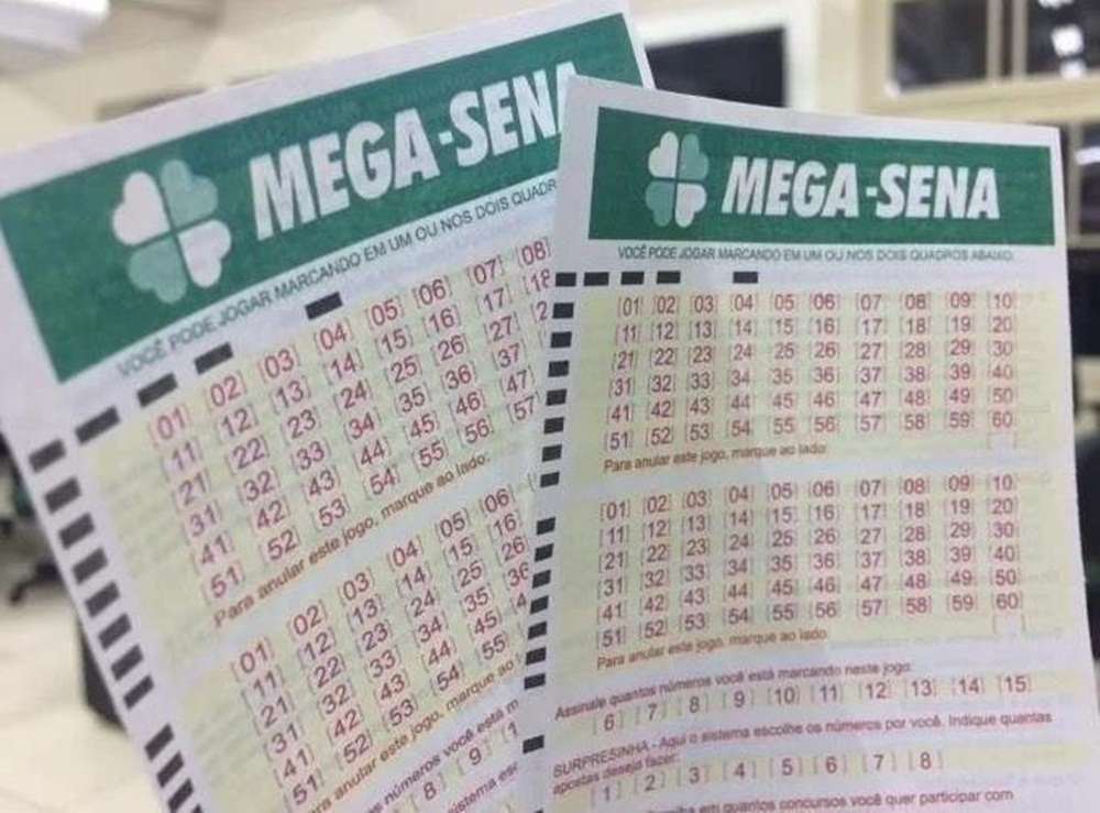 Ir para  <p>A Mega-Sena n&atilde;o teve nenhum acertador no concurso 2.065, sorteado na noite deste s&aacute;bado em Catal&atilde;o (GO). Dessa forma, o pr&oacute;ximo sorteio, marcado para quarta-feira, ir&aacute; pagar cerca de...