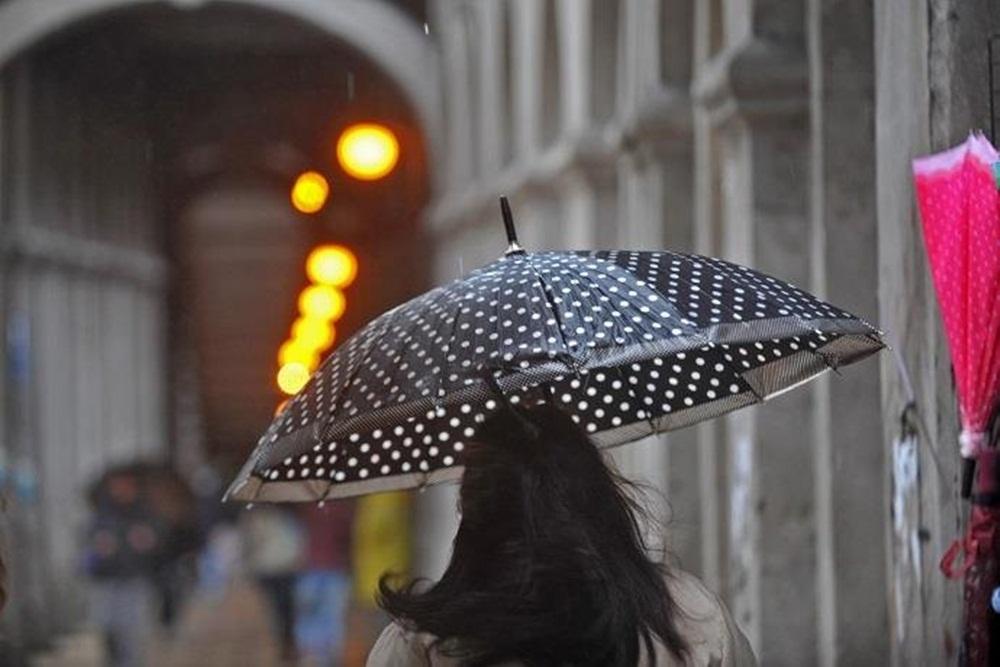 Ir para  <p>Depois de um final de semana de muita chuva, a segunda-feira será mais um dia de nuvens e instabilidade no Rio Grande do Sul. Ao longo do dia, pode chover e garoar na maioria das regiões do Estado. Os acumulados de...