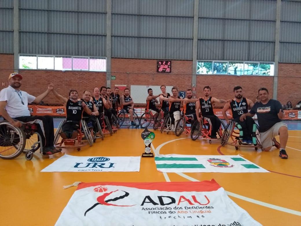 Ir para  <p><big>A equipe da ADAU/URI Erechim conquistou no sábado, 20, o título de campeã dos Jogos Abertos de Caxias do Sul, na Universidade de Caxias do Sul (UCS), válida pela 5ª etapa do...