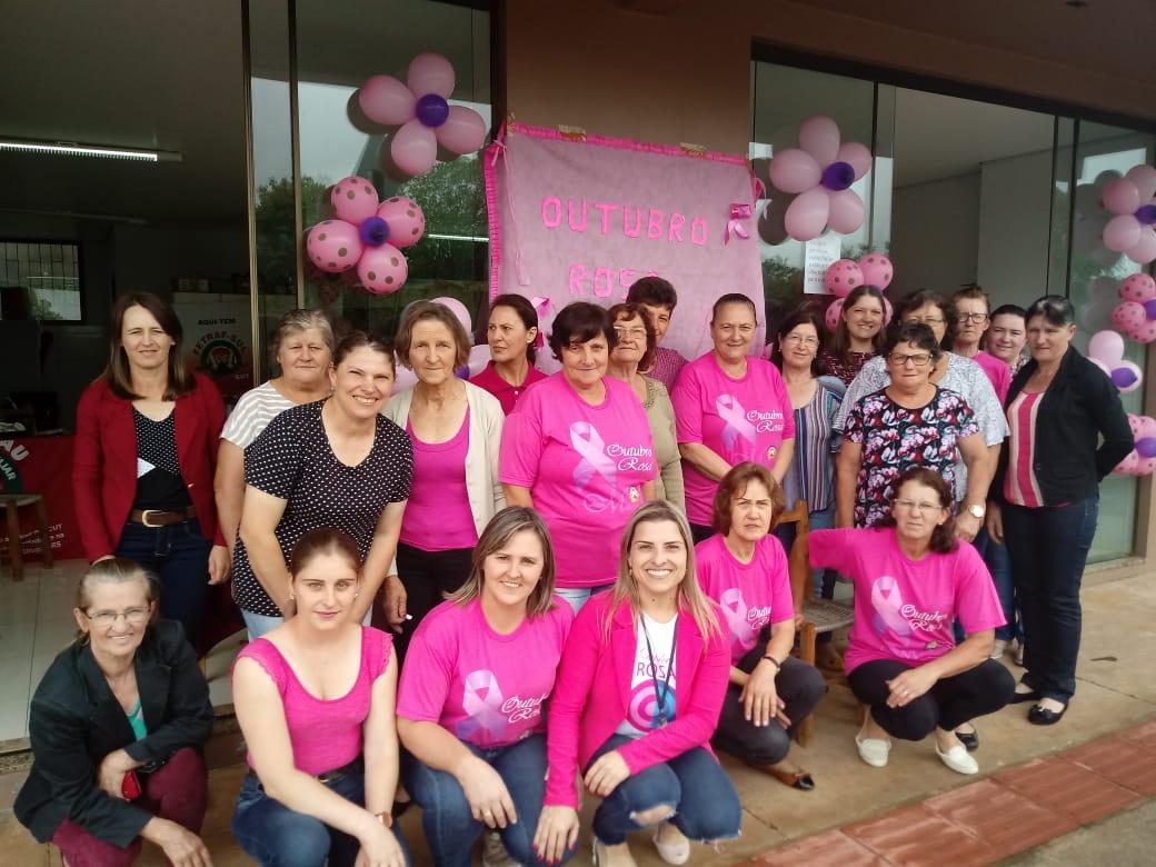 Ir para  <p><big>O coletivo de mulheres do Sutraf Viadutos promoveu, ontem (26), atividade da campanha do Outubro Rosa para sensibilizar as mulheres sobre a prevenção do câncer de...
