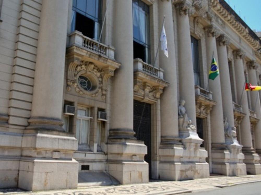 Ir para  <p><big>José Ivo Sartori e Eduardo Leite têm o primeiro encontro para dar início à transição de governo nesta segunda-feira, no Palácio Piratini. A...