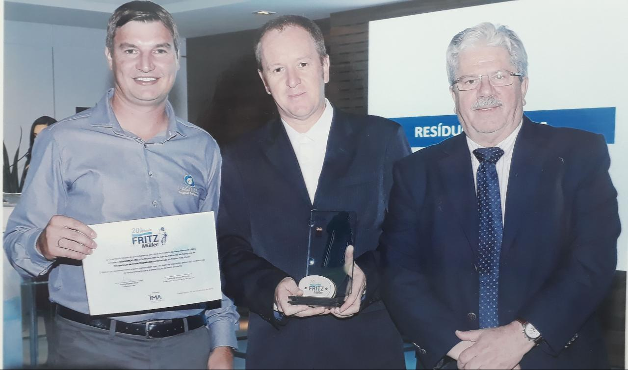 Ir para  <p><big>Aconteceu no último dia 06 de novembro, em Florianópolis (SC), a entrega do Troféu Fritz Müller. O Consórcio Itá foi o vencedor na categoria...
