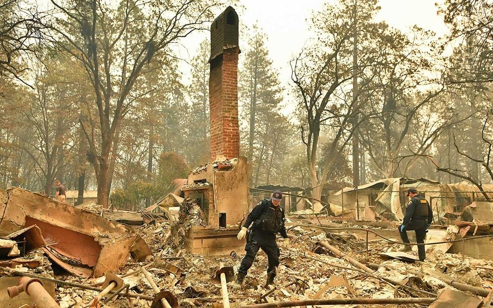 Ir para  <p><big>O incêndio que atinge o norte da Califórnia desde quinta-feira, o Camp Fire, deixou 42 mortos até agora e se tornou o mais letal registrado no estado americano. Já o Woolsey, que...