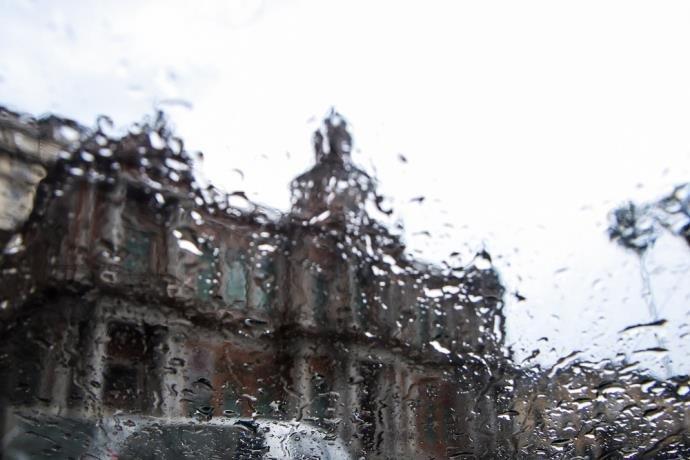 """Ir para  <p>Depois de dias de intenso calor, o Rio Grande do Sul terá uma <a href=""""http://www.correiodopovo.com.br/Noticias/Geral/2018/11/666010/Virada-do-tempo-pode-ter-temporais-com-queda-de-granizo-no-RS""""..."""