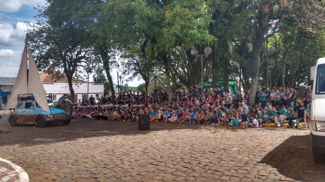 Ir para  <p><big>A &uacute;ltima semana, no munic&iacute;pio de Gaurama, foi marcada por um evento cultural organizado pela Secretaria de Educa&ccedil;&atilde;o, Cultura, Desporto e Turismo intitulado I FLAG &ndash;...