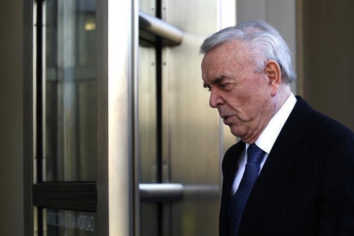 Ir para  <p>A Justiça norte-americana estabeleceu que o ex-presidente da CBF José Maria Marin devolva <strong><a...