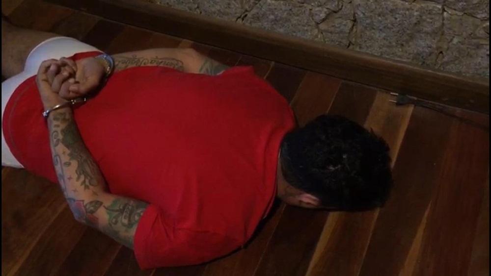 Ir para  <p><big>A Polícia Civil do Rio Grande do Sul, Santa Catarina e Mato Grosso do Sul realizam operação contra um cartel de tráfico de drogas, na manhã desta quinta-feira (22)....