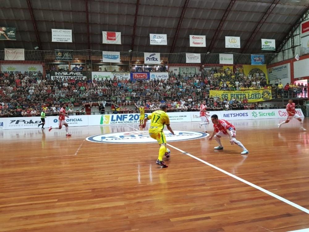 Ir para  <p><big>Atlântico e Copagril entraram em quadra na tarde deste sábado, dia 24 de novembro, para decidir vaga para a grande final da Liga Nacional de Futsal 2018. Depois de um jogo emocionante, vitória...