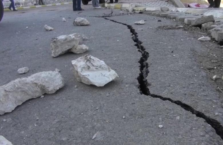 Ir para  <p>Mais de 700 pessoas ficaram feridas, a maioria sem gravidade, após o terremoto de domingo na região oeste do Irã que não provocou danos materiais. O canal de televisão estatal...