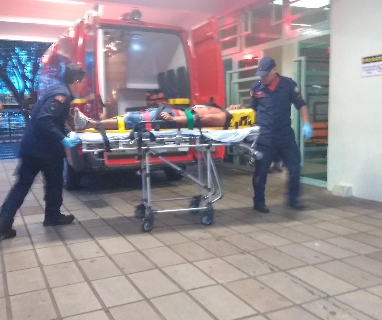 Ir para  <p><big>No início da noite desta terça-feira (28), um homem foi atingido por uma arma branca em um mato próximo da Associação de Recicladores Cidadãos Amigos da...