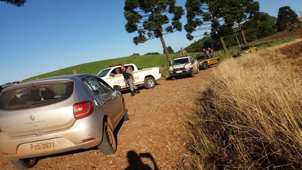 Ir para  <p>A Brigada Militar capturou, na madrugada desta quarta-feira, dois assaltantes que estavam envolvidos <strong><a...