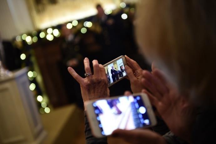 Ir para  <p>Começa neste sábado o bloqueio de celulares irregulares, também chamados de piratas, nos estados do Rio Grande do Sul, Acre, Espírito Santo, Mato Grosso, Mato Grosso do Sul, Paraná,...