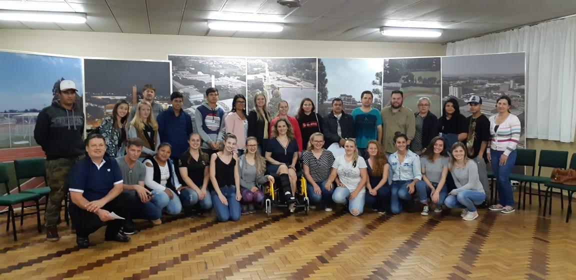 Ir para  <p><big>O Curso de Ciências Biológicas Licenciatura da URI Erechim desenvolveu, em parceria com o Centro de Educação de Jovens de Adultos (CEJA) Erechim, quatro oficinas...