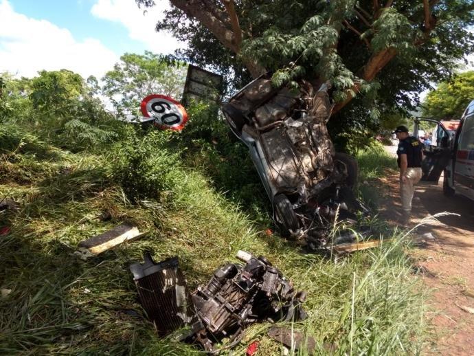 Ir para  <p>Sobe para 13 o número de mortes em acidentes de trânsito no Rio Grande do Sul durante o feriadão de Natal.Um homem de 63 anos morreu no final da manhã desta segunda-feira em...