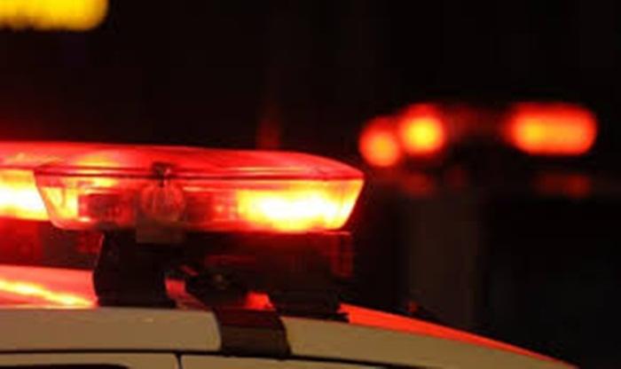 Ir para  <p><big>Uma adolescente de 16 anos, que estava em casa com o marido e uma filha de colo, foi alvejada por um disparo de arma de fogo. O companheiro dela fugiu quando o agressor fez os disparos. A ocorr&ecirc;ncia aconteceu pouco...