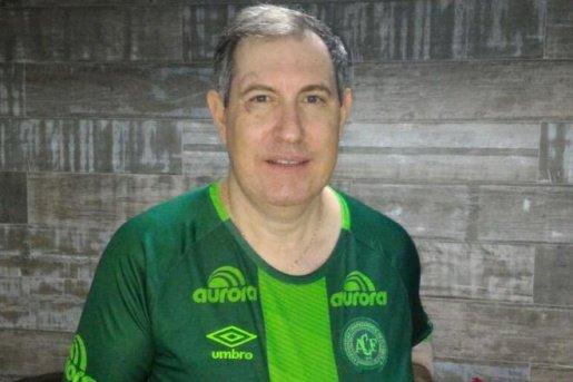 Ir para  <p><big>Um dos seis sobreviventes da queda do avião que levava a Chapecoense para a Colômbia, em 29 de novembro de 2016, Rafael Henzel morreu nesta terça-feira. O jornalista, de 45 anos, passou mal...