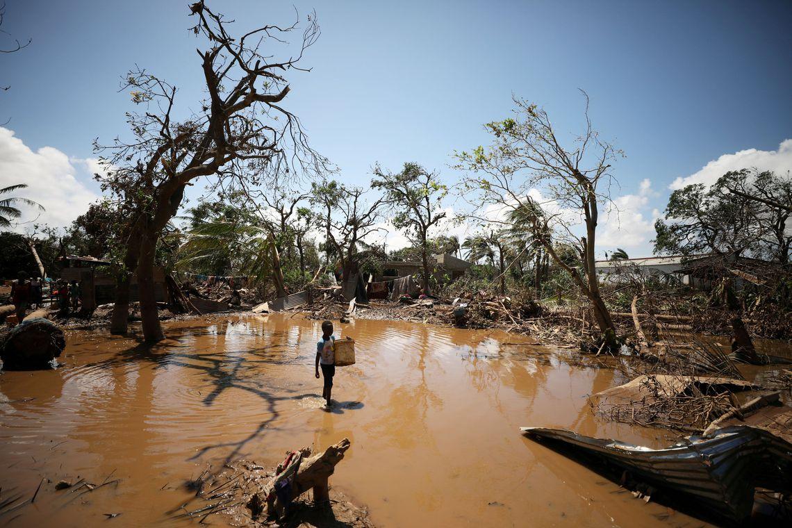 Ir para  <p>O n&uacute;mero de pessoas afetadas pelo ciclone Idai no Centro de Mo&ccedil;ambique &eacute; de 803.984, segundo informa&ccedil;&atilde;o distribu&iacute;da pelo Instituto Nacional de Gest&atilde;o de...