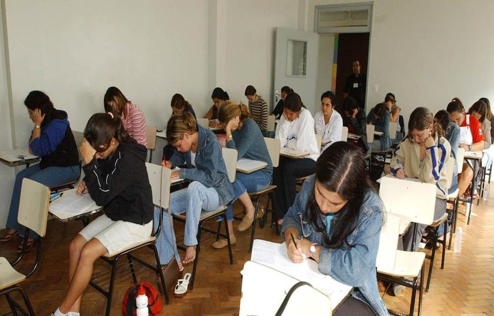 Ir para  <p>Cinco milh&otilde;es de estudantes se inscreveram no Exame Nacional do Ensino M&eacute;dio (Enem), de acordo como Instituto Nacional de Estudos e Pesquisas Educacionais An&iacute;sio Teixeira (Inep), at&eacute; as 11h40...