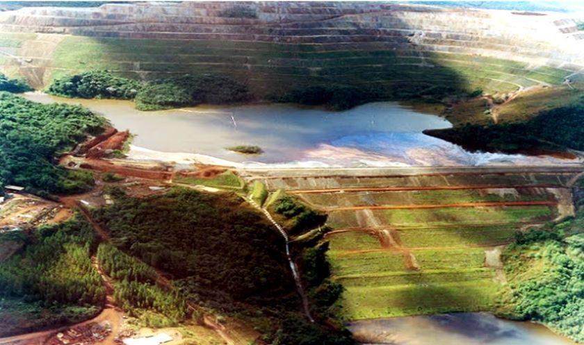Rompimento da barragem em Barão de Cocais está próximo de ocorrer.