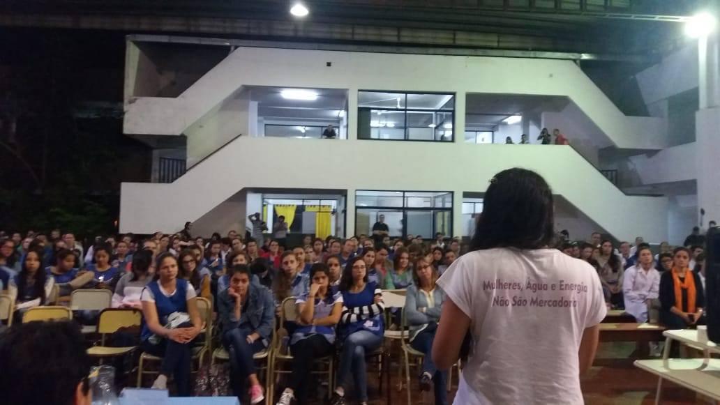 Ir para  <p><big>Ao longo dos dias 10 a 14 de junho, 6 militantes do Movimento de Atingidos por Barragens/RS percorreram a regi&atilde;o de fronteira entre Brasil e Argentina, ao longo do Rio Uruguai, debatendo sobre a amea&ccedil;a de...