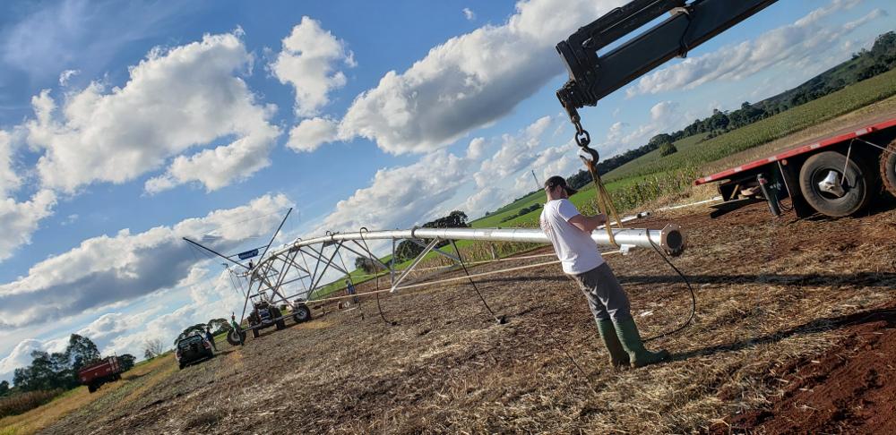UFFS recebe novo equipamento de irrigação