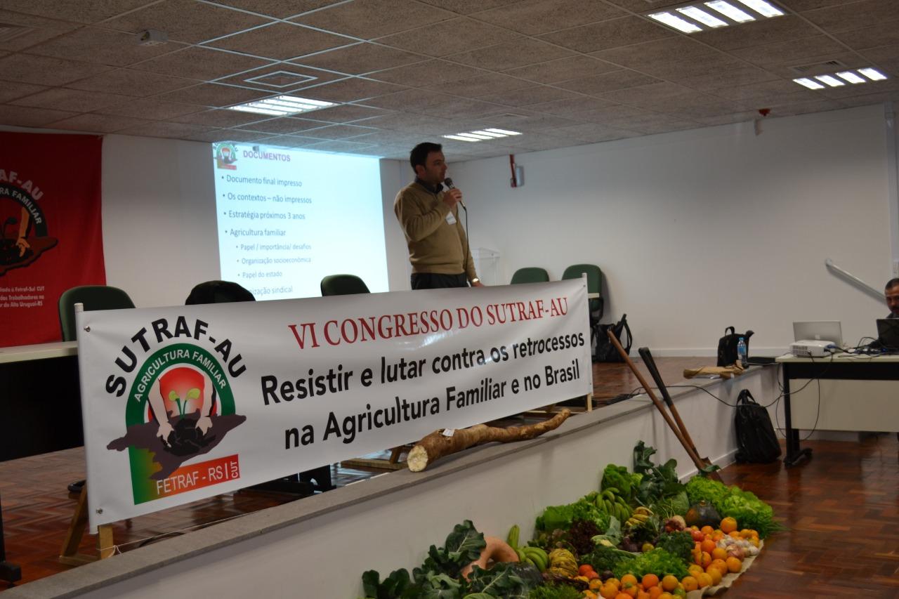 Ir para  <p><big>O Sindicato Unificado dos Trabalhadores na Agricultura Familiar do Alto Uruguai - SUTRAF-AU, promoveu na quarta-feira, 10 de julho, o VI Congresso da Agricultura Familiar. O evento ocorreu no audit&oacute;rio da...