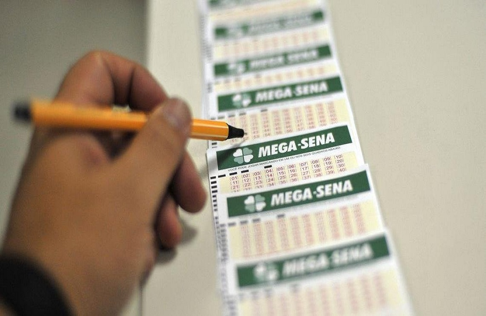 Ir para  <p>Ningu&eacute;m acertou os seis n&uacute;meros do concurso 2.174 da Mega-Sena, realizado na noite desta quarta-feira em S&atilde;o Paulo. Com o resultado, o pr&ecirc;mio acumulou em R$ 26 milh&otilde;es, conforme...