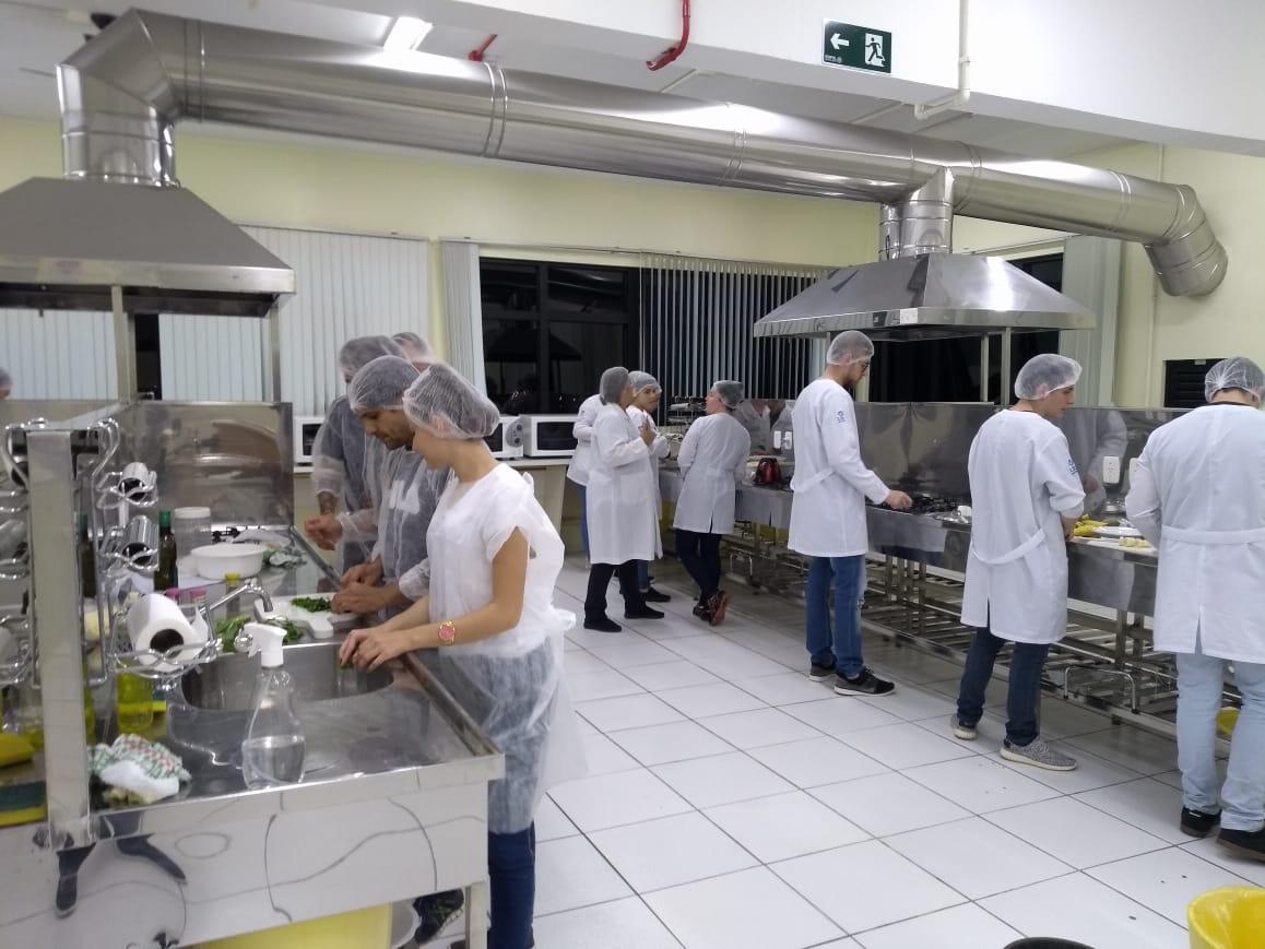 Jornada de Nutrição da URI apresenta  novas técnicas de alimentação
