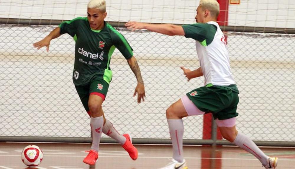 Ir para  <p><big>Antes de voltar a disputar a Liga Nacional de Futsal, o Atl&acirc;ntico ter&aacute; ao menos dois jogos pela Liga Ga&uacute;cha (LGF). Um deles ser&aacute; neste ter&ccedil;a-feira, dia 17, a partir das...