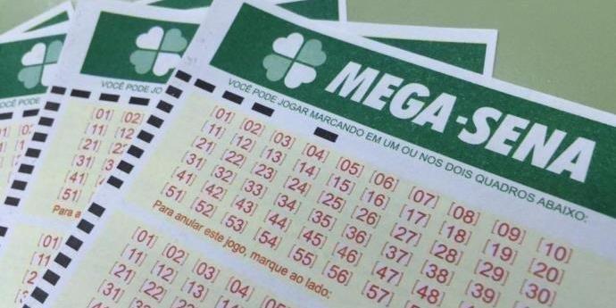Ir para  <p>As seis dezenas do Concurso 2.192 da Mega-Sena, sorteadas nesta quinta-feira, no Espa&ccedil;o Loterias Caixa, em S&atilde;o Paulo, n&atilde;o teve vencedores. O pr&ecirc;mio para o pr&oacute;ximo concurso, que...