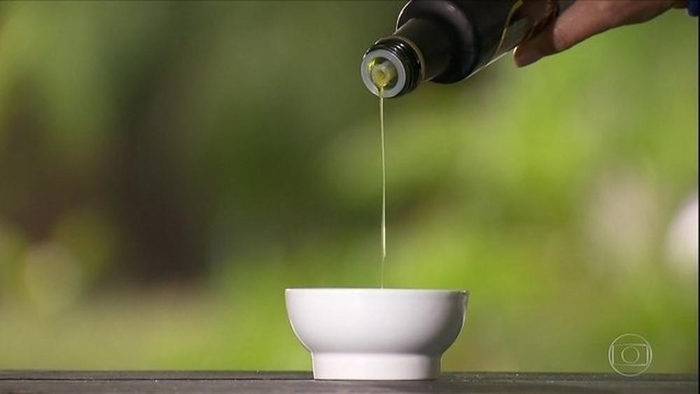 Ir para  <p><big>O&nbsp;Minist&eacute;rio da Agricultura&nbsp;anunciou nesta quarta-feira (2) a suspens&atilde;o da venda de mais 32 marcas de azeites de oliva por causa de&nbsp;adultera&ccedil;&otilde;es no...