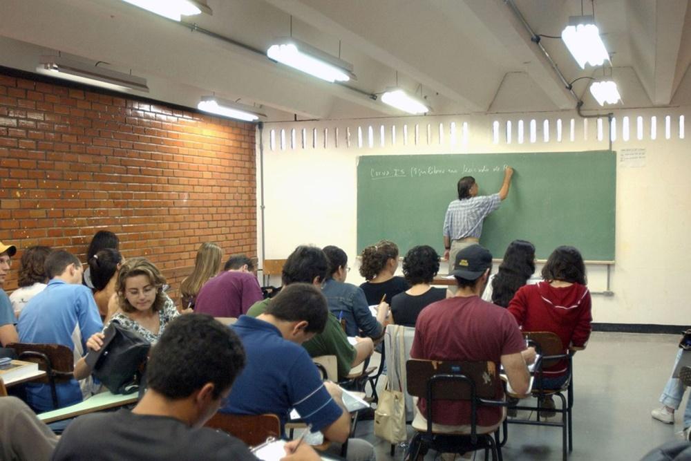Ir para  <p><big>Os&nbsp; estudantes que far&atilde;o o Exame Nacional do Ensino M&eacute;dio (Enem) poder&atilde;o consultar, a partir do dia 16, o local onde far&atilde;o o exame este ano. As provas ser&atilde;o...